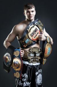 Артем Левин чемпион мира по тайскому боксу