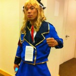 Юширо Нагашима на UFC137 в хэллоуинском костюме
