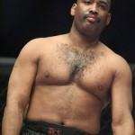 50-летний экс-чемпион UFC возвращается в ММА
