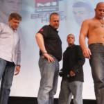 Федор Емельяненко оказался легче Педро Хиззо на 5 килограммов