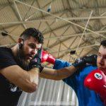 «Спарринг с губернатором»: Антон Алиханов стал участником мастер-класса чемпиона мира по тайскому боксу.